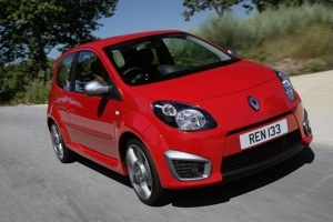 Renault Axes UK Cars and Dealers Image