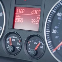 Drivers 'ignore dashboard alerts' Image