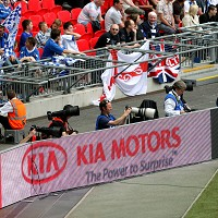 Kia sales strategy gives dealers power Image