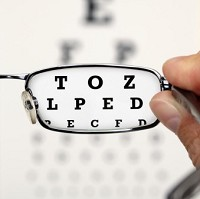 Drivers who fail eye tests face losing their licence Image