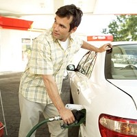 Drivers cut back as fuel prices remain high Image