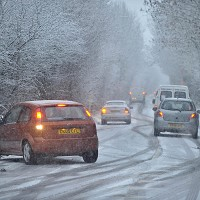 Winter safety check for cars on offer Image