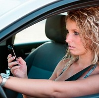 Drivers' text life 'not improved by voices' Image