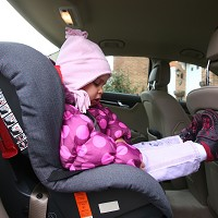 Children 'put at risk' by parent drivers Image